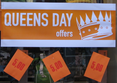 Queen's day sign
